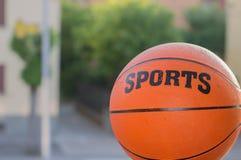 Deportes de la bola de la cesta fotografía de archivo