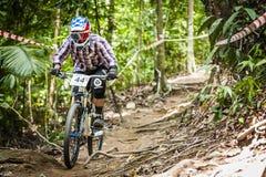 Deportes en declive de la bici Imagenes de archivo