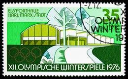 Deportes Hall Chemnitz Karl-Marx-Stadt, olimpiadas de invierno 1976, serie del hielo de Innsbruck, circa 1975 fotografía de archivo libre de regalías