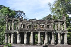 Depositarry de textos budistas em Preah Khan Fotos de Stock