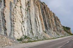 Depositi verticali della roccia Fotografia Stock