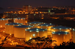 Deposito dell'olio dell'aeroporto Immagini Stock Libere da Diritti