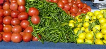 Deposito freddo del limone del pomodoro Fotografie Stock