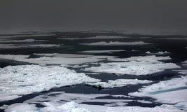 Depresji lodowy compaction przy 83 stopniami północy szerokości Obrazy Stock