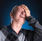 depresji starsza migrena odizolowywający mężczyzna cierpienia biel Zdjęcie Royalty Free