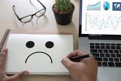 Depressive emoci pojęcie, smiley twarzy emoticon drukował depr Fotografia Stock