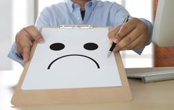 Depressive emoci pojęcie, smiley twarzy emoticon drukował depr Obrazy Stock