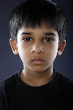 Deprimerad indier Little Boy Royaltyfri Fotografi