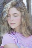 Deprimerad tonårs- flicka  Royaltyfri Fotografi