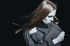 Deprimierte Frau mit Geistesstörung Lizenzfreie Stockfotografie