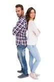 Deprimierte Paare, die zurück zu Rückseite stehen Lizenzfreie Stockfotografie