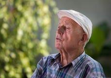 Deprimierter alter Mann Stockfotos