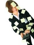 Deprimierter Frauen-Buchhalter-Holding-Rechner Lizenzfreie Stockfotos