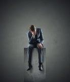 Deprimierter Geschäftsmann stockfotos
