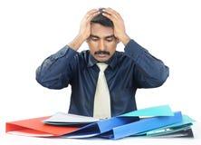 Deprimierter indischer Geschäftsmann Lizenzfreie Stockfotos