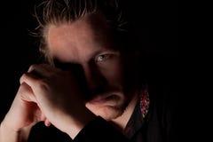 Deprimierter junger Geschäftsmann Lizenzfreie Stockfotos