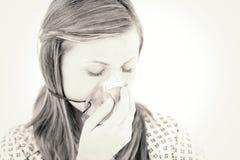 Deprimierter weiblicher Patient mit einer Maske Stockbilder