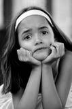 Deprimiertes hispanisches Mädchen Lizenzfreies Stockfoto