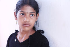 Deprimiertes indisches kleines Mädchen Lizenzfreies Stockbild