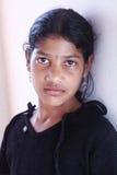 Deprimiertes indisches kleines Mädchen Stockfotos