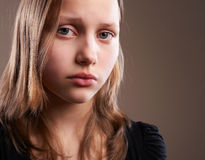 Deprimiertes jugendlich Mädchen Stockbild