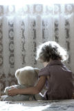 Deprimiertes kleines Mädchen Lizenzfreie Stockbilder