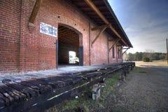 Depósito abandonado da estrada de ferro Imagem de Stock Royalty Free