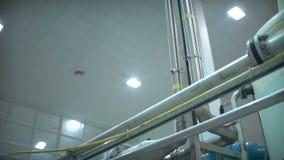Depuradora  La cadena de producción automatizada moderna metrajes