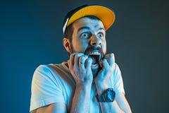 Der Ärger und der schreiende Mann Stockfoto