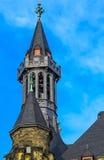 Der Aachen-Kathedralen-Turm, auch hohe Aachen-Kathedrale, Deutschland Stockbilder
