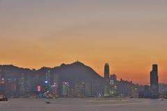 Der Abend über Victoria Harbour Lizenzfreies Stockbild