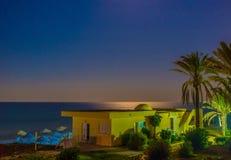 Der Abend auf Mediteerranean-Meer Stockfotos