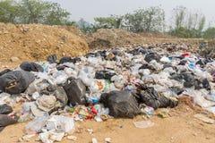 der Abfallbeseitigungsteich in Pai, Thailand Stockfotos