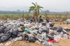 der Abfallbeseitigungsteich in Pai, Thailand Stockbild