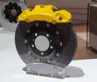 Der Abschluss oben der Bremsanlage mit gelber Tasterzirkelabdeckung Lizenzfreies Stockbild