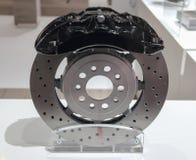 Der Abschluss oben der Bremsanlage mit schwarzer Tasterzirkelabdeckung Lizenzfreie Stockfotos