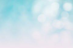 Der abstrakte blaue Wellenhintergrund auf bokeh Art Lizenzfreies Stockbild