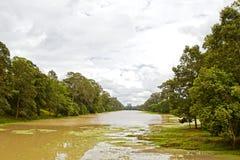 Der Abzugsgraben um Angkor Thom Lizenzfreie Stockfotos