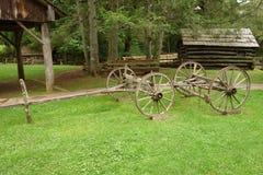 Der Achsabstand für einen alten Lastwagen von den Pioniertagen Lizenzfreies Stockbild