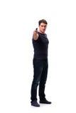 Der aggressive junge Mann mit dem Gewehr lokalisiert auf Weiß Lizenzfreies Stockfoto