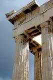 An der Akropolise in Athen Stockbilder