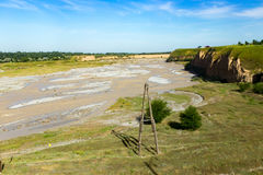 Der Aksu-Fluss in Kasachstan im Frühjahr Lizenzfreie Stockfotos
