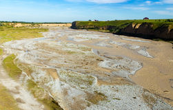 Der Aksu-Fluss in Kasachstan im Frühjahr Lizenzfreies Stockfoto