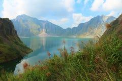 Der aktive Vulkan Pinatubo und der Kratersee, Philippinen Lizenzfreie Stockfotos