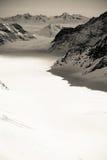 Der Aletsch-Gletscher beim Jungfraujoch in Schwarzweiss Lizenzfreies Stockbild