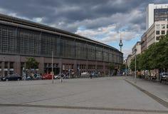 Der Alexanderplatz Fernsehturm Fernsehturm von Berlin, Deutschland stockbild