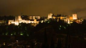 Der Alhambra nachts Lizenzfreie Stockfotos