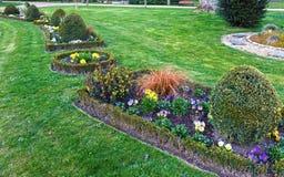 Der allgemeine Park des Frühlinges in Loches-Stadt (Frankreich) Stockfotografie