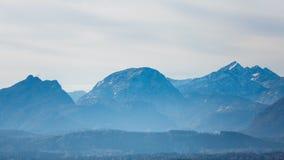 Der alpine Morgen Stockbilder