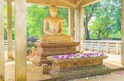 Der Altar von Buddha Stockfotos